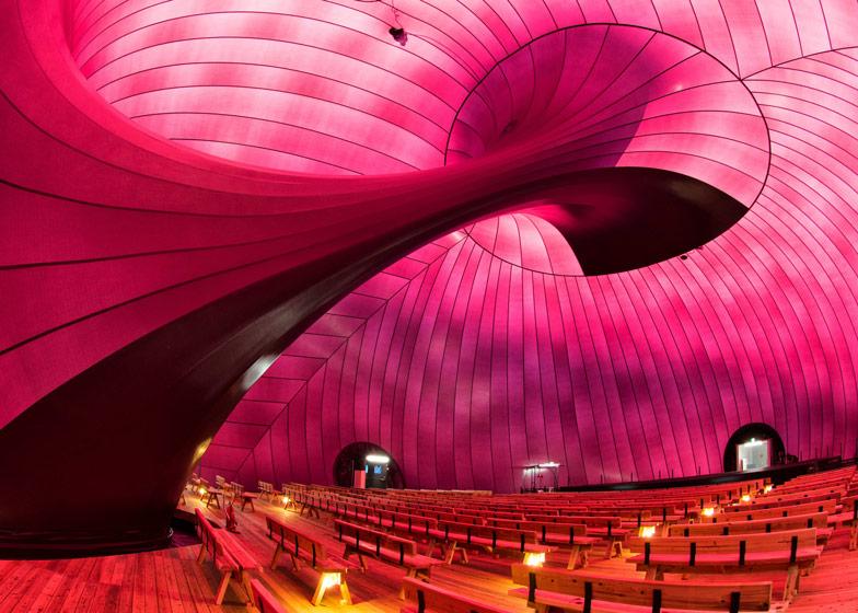 Ark Nova Arata Isozaki Anish Kapoor_arquitectura efímera Solucionista