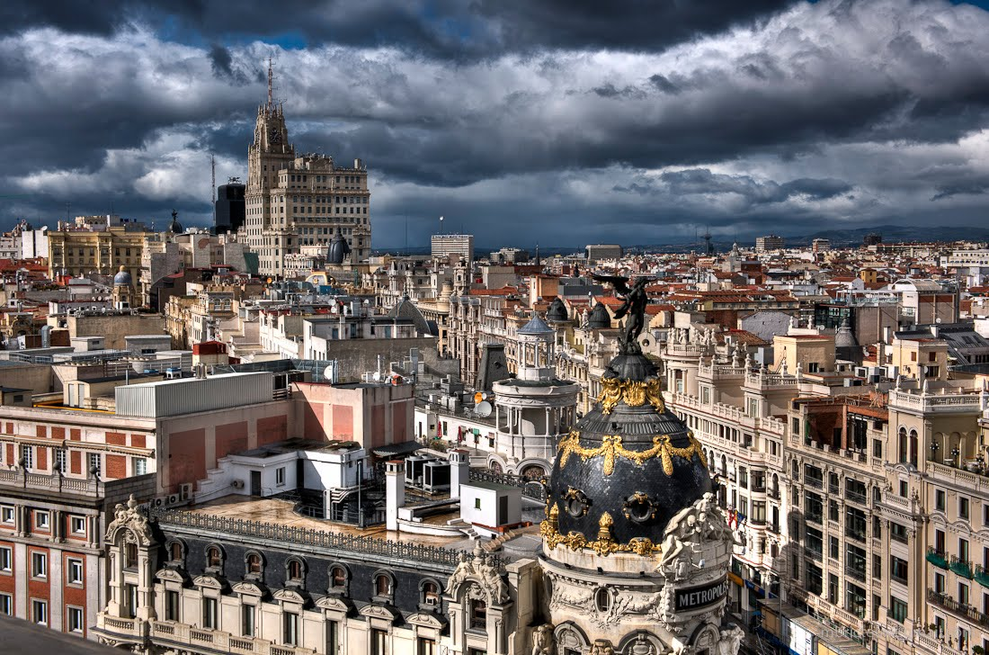 Madrid spain by michel bricteux gran v a solucionista for Oficinas telefonica madrid