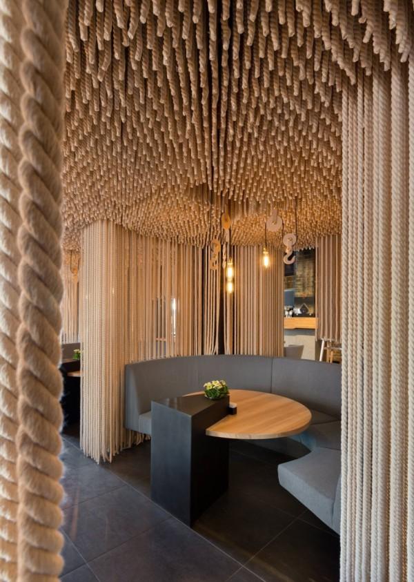 Huele a mar: Odessa Restaurant, de YOD Design Lab